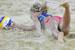 Выставки.  Вечеринки.  Женский пляжный волейбол: на снимках не спорт...